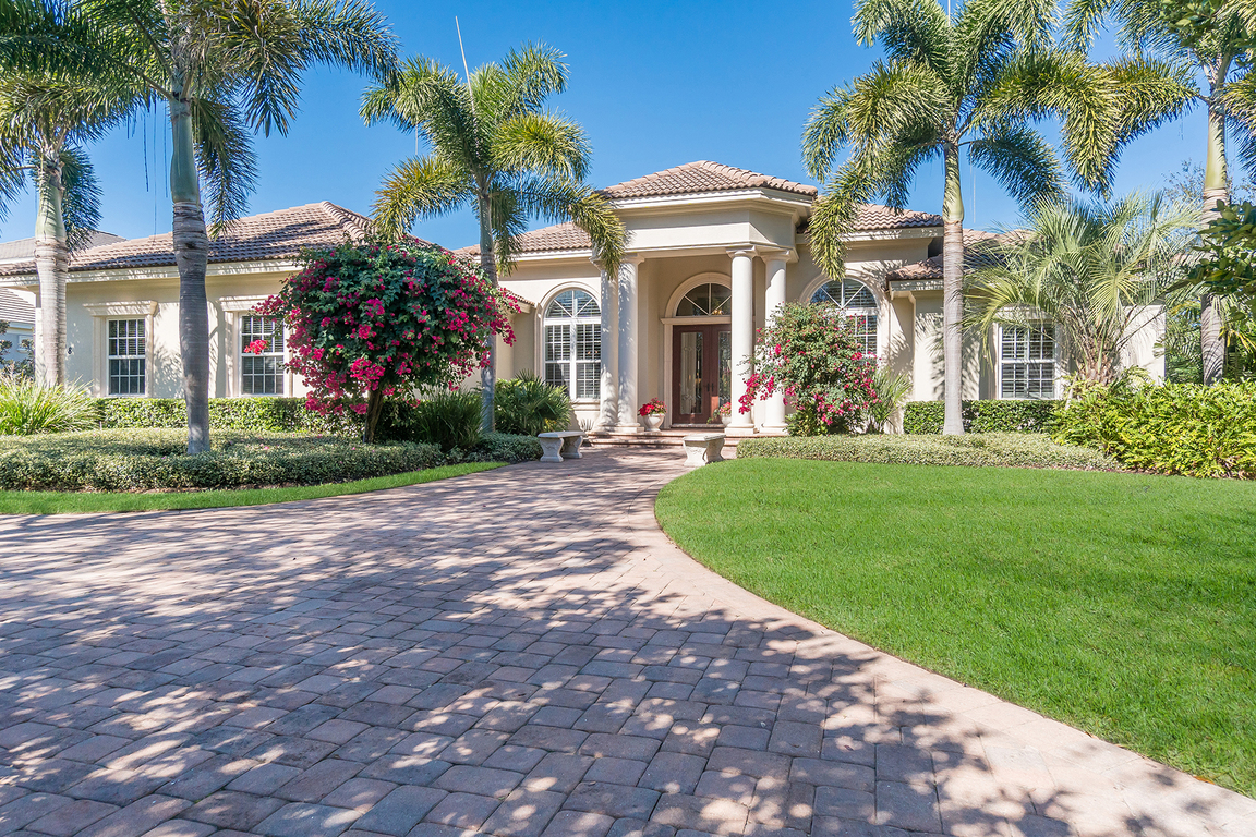4008 founders club dr sarasota fl for sale 1 250 000