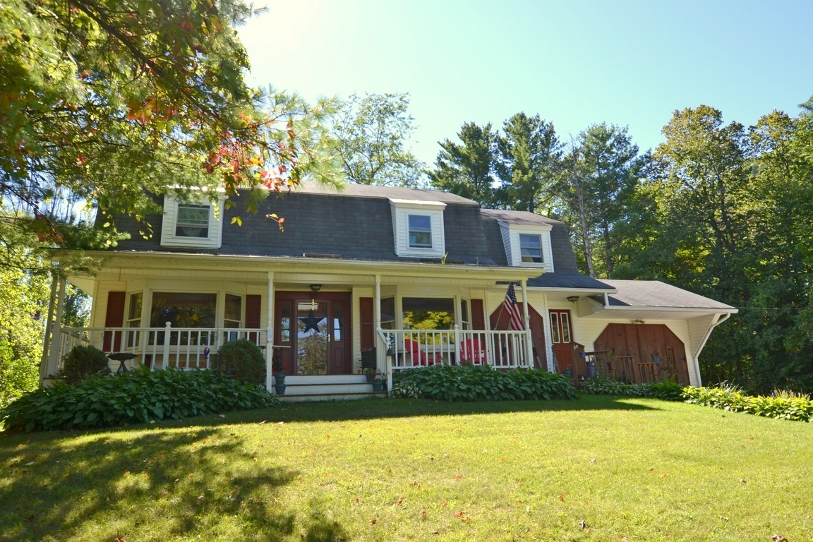 28 center st proctor vt for sale 235 000 for Vermont home builders