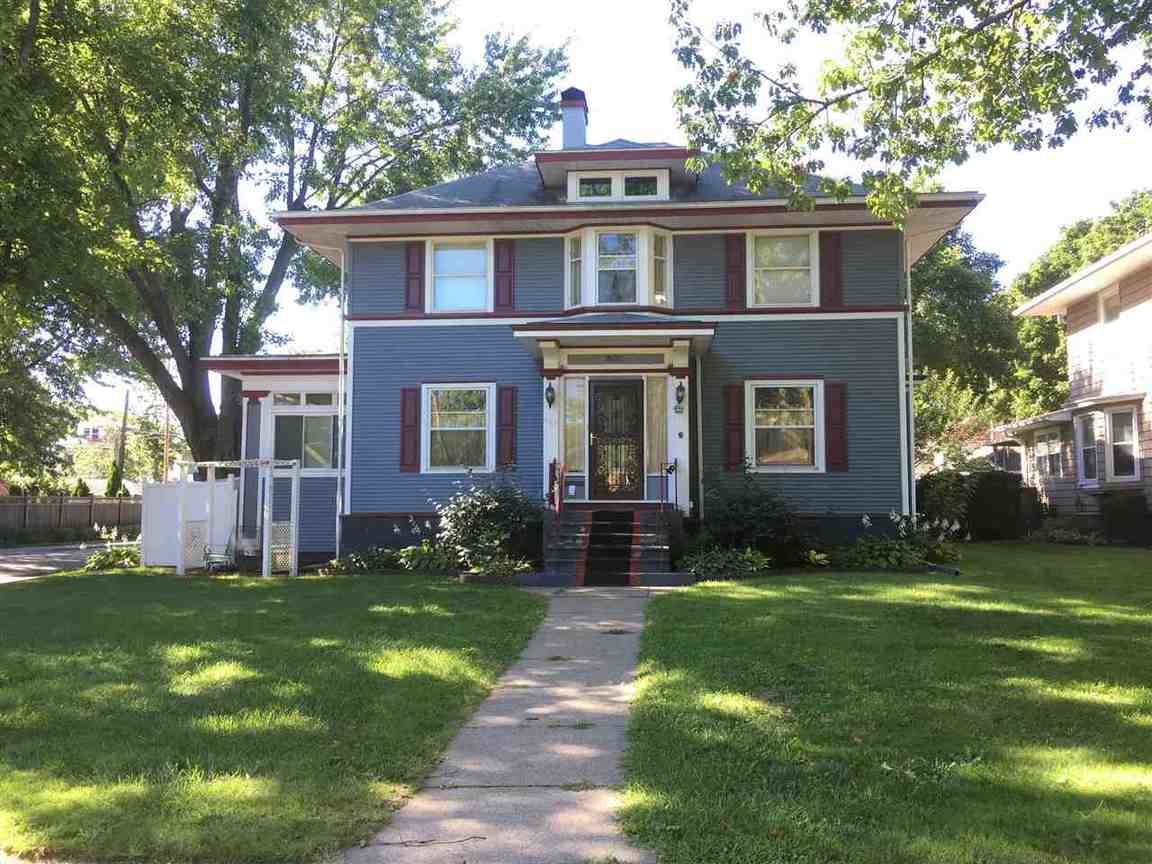 803 5th Ave S Clinton Ia For Sale 155 000