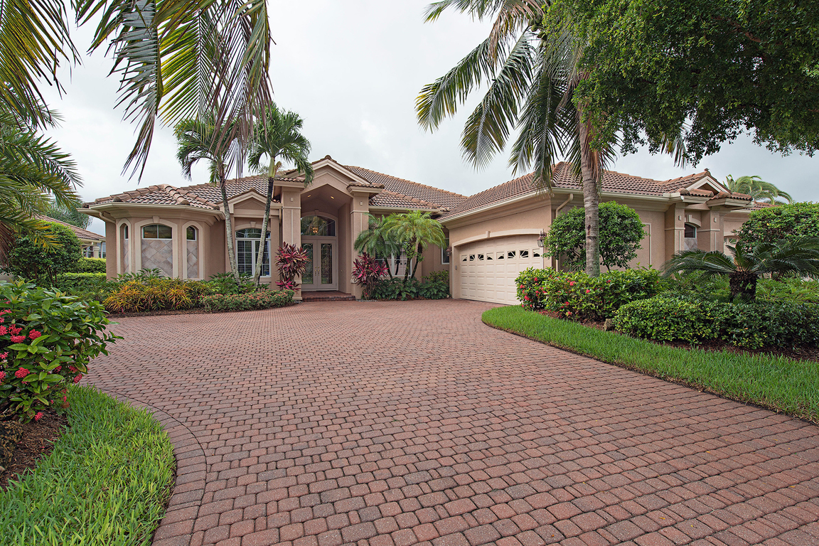 5970 amberwood dr naples fl for sale 899 900