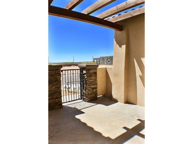 1085 Iron Hill Sunland Park NM