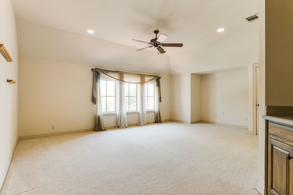 6729 Harbour Town Lane, Fort Worth, TX, 76132: Photo 22