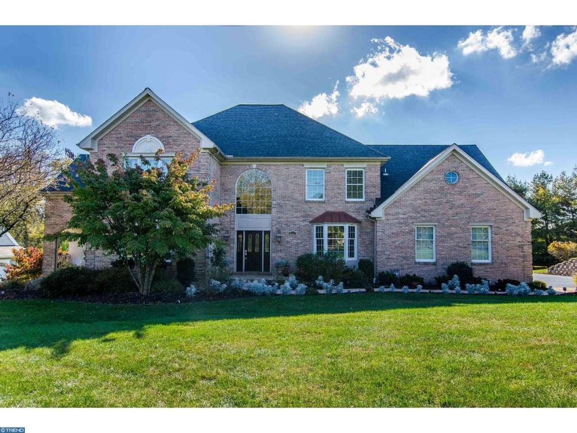 1747 towne dr west chester pa for sale 674 900