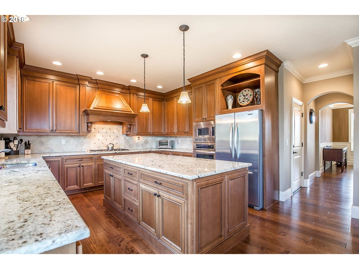 15150 Se Bunker Hill Ct, Happy Valley, OR, 97086: Photo 6