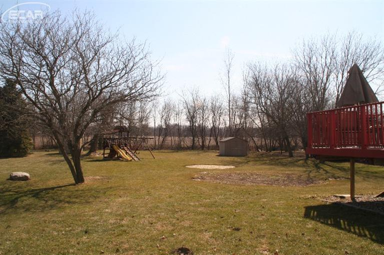 9467 Hill Road, Swartz Creek, MI, 48473: Photo 34