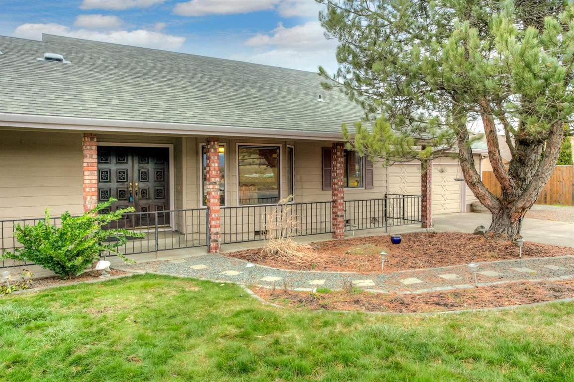 1510 north phoenix road medford or 97504 for sale