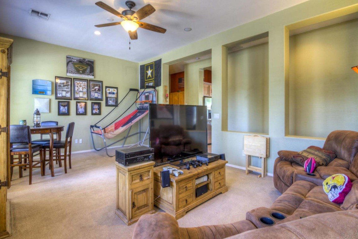 14554 W Desert Cove Rd, Surprise, AZ, 85379: Photo 9