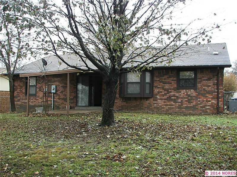 8527 E 56th Street, Tulsa, OK, 74145 -- Homes For Sale