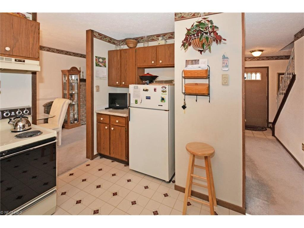 445 carol ln elyria oh 44035 for sale for 1 kitchen elyria ohio