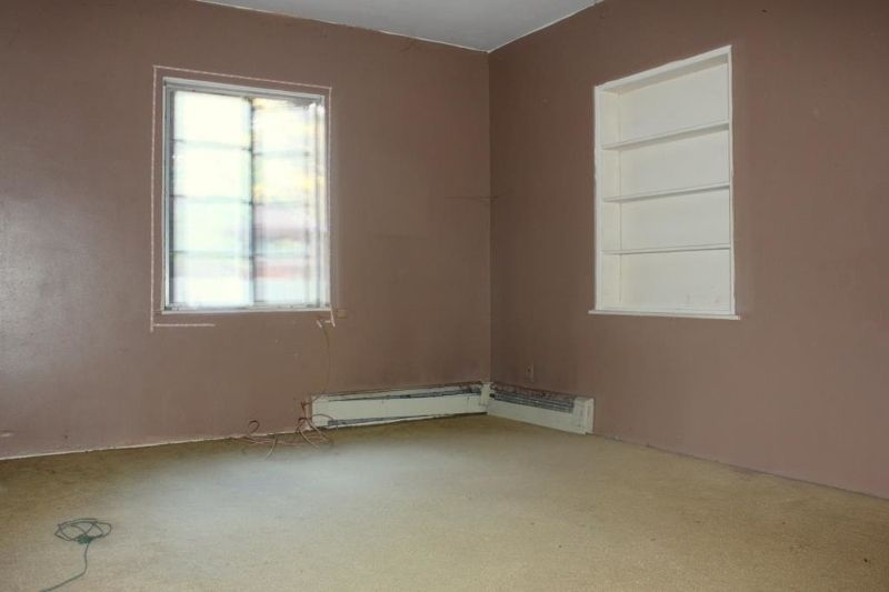 296 Prospect St, Belvidere, NJ, 07823: Photo 8