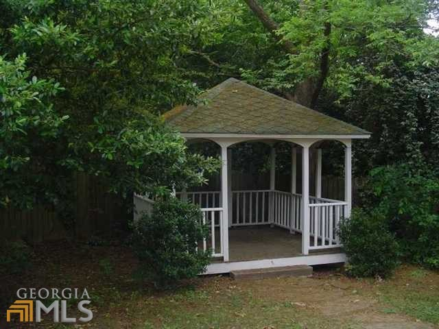 992 Ridge Ave, Stone Mountain, GA, 30083 -- Homes For Sale