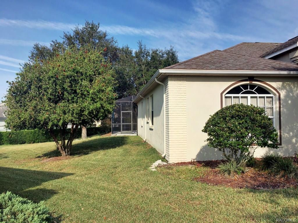 5663 W Crossmoor Place, Lecanto, FL, 34461: Photo 4