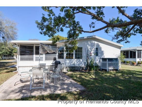 7482 dinsmore st brooksville fl 34613 for sale for The dinsmore house