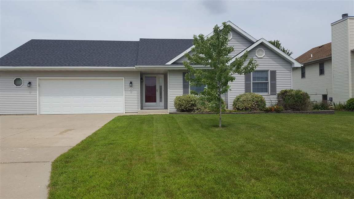 2634 omaha dr janesville wi for sale 169 900