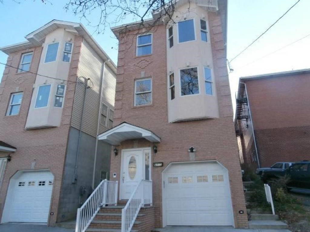 8512 Smith Ave, North Bergen, NJ, 07047 -- Homes For Sale