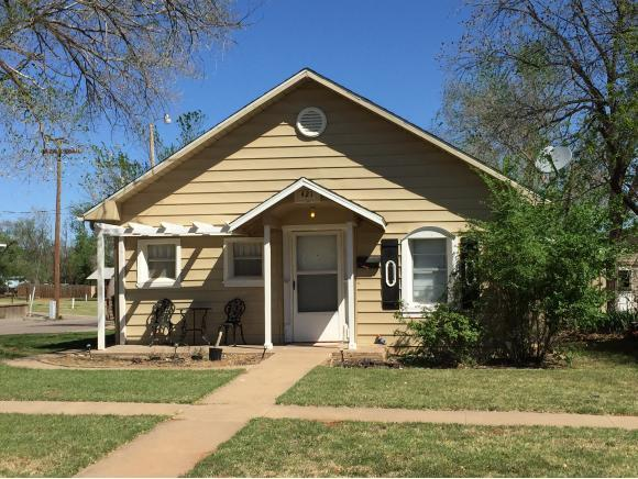 421 W 1 Elk City OK 73644 For Sale