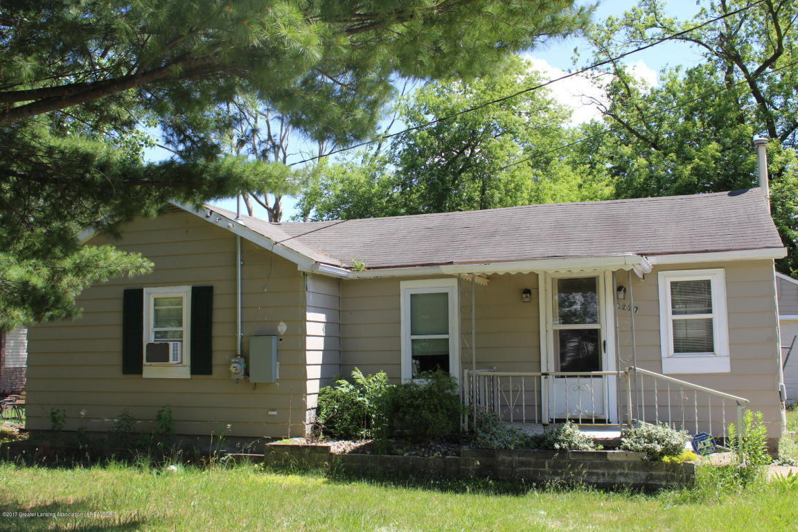 3247 Birch Row Drive East Lansing MI For Sale 59 950