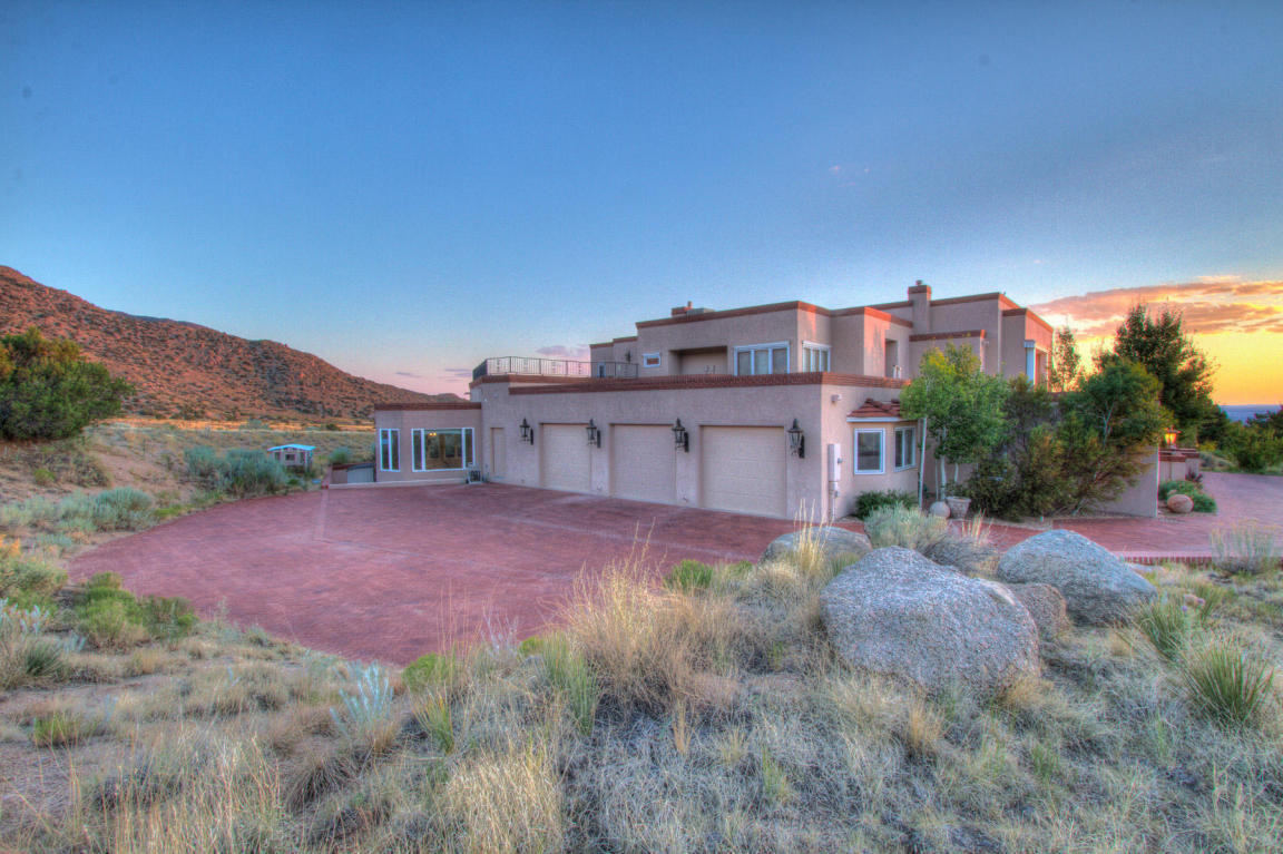 13716 Canada Del Oso Place Ne, Albuquerque, NM, 87111: Photo 97