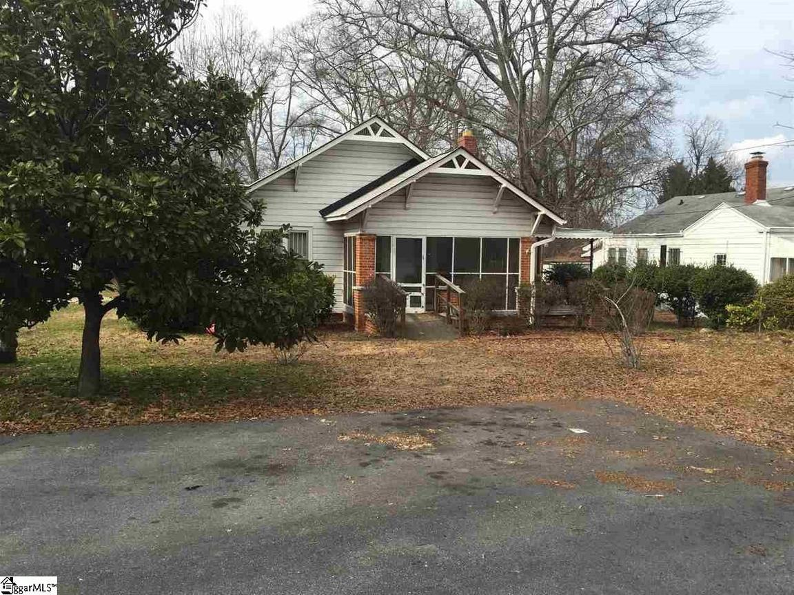 203 arlington road greer sc 29651 for sale for Home builders greer sc