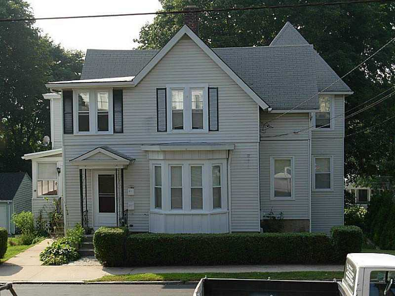 40 Summer St, Westerly, RI, 02891 -- Homes For Sale