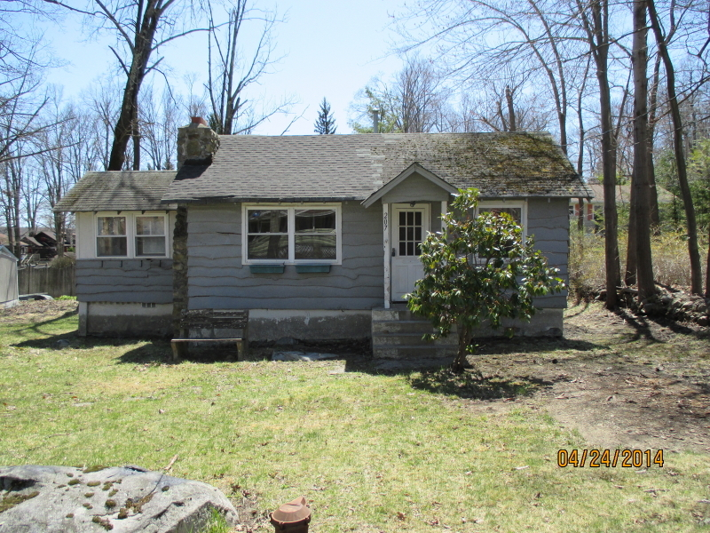 207 Winetka Rd, Highland Lakes, NJ, 07422 -- Homes For Sale