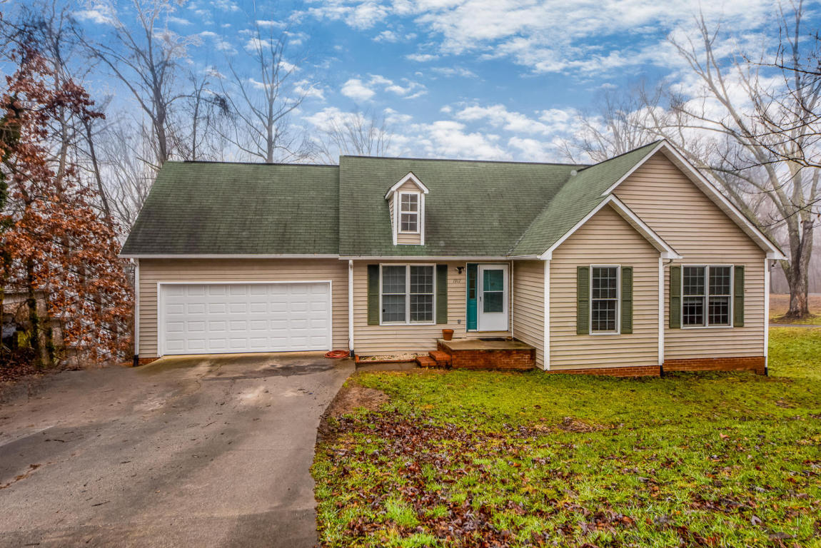 1917 Highland Rd Maryville Tn 37801 For Sale