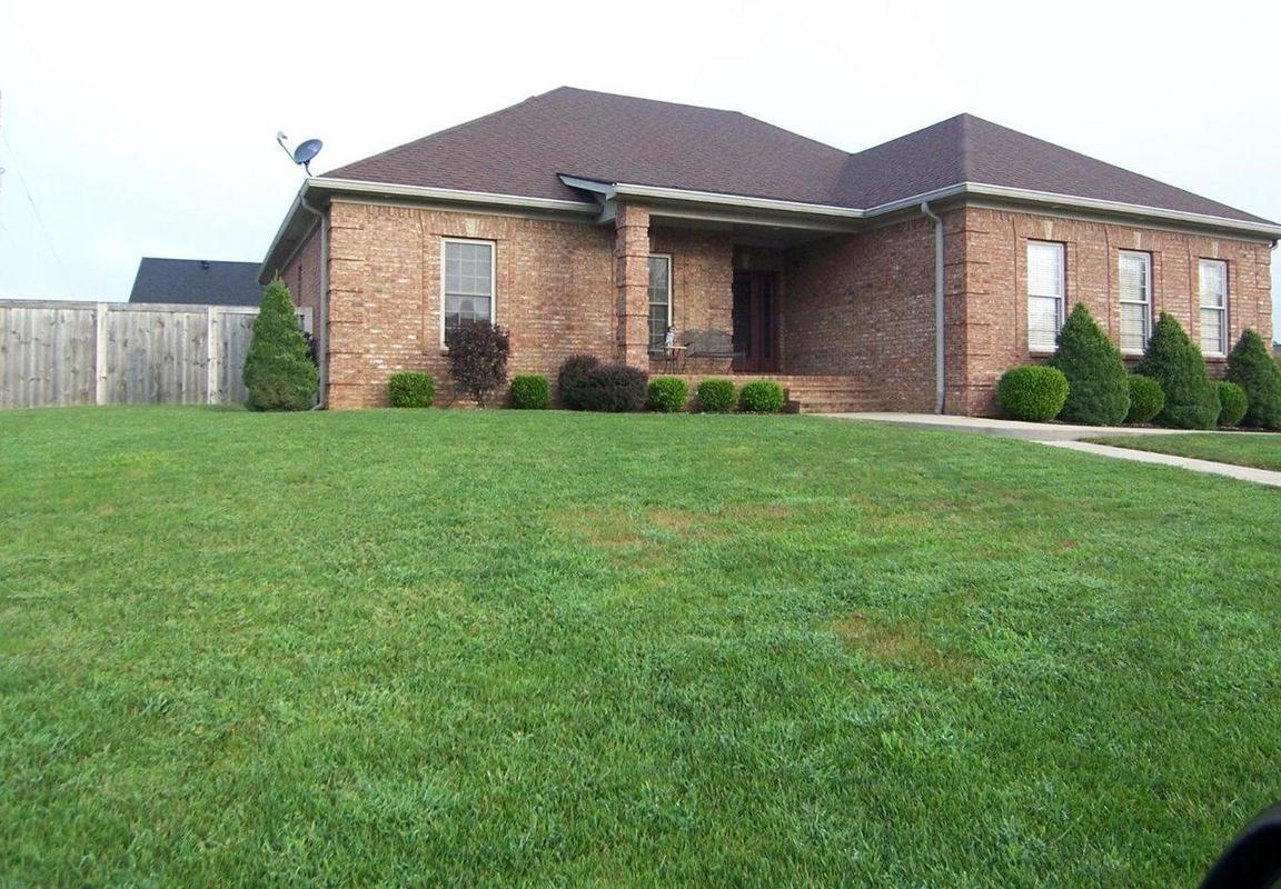 200 Maplewood Drive, Georgetown, KY, 40324: Photo 1