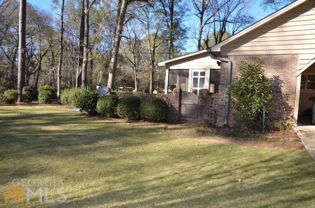 511 flamingo albany ga 31707 for sale for Home builders albany ga