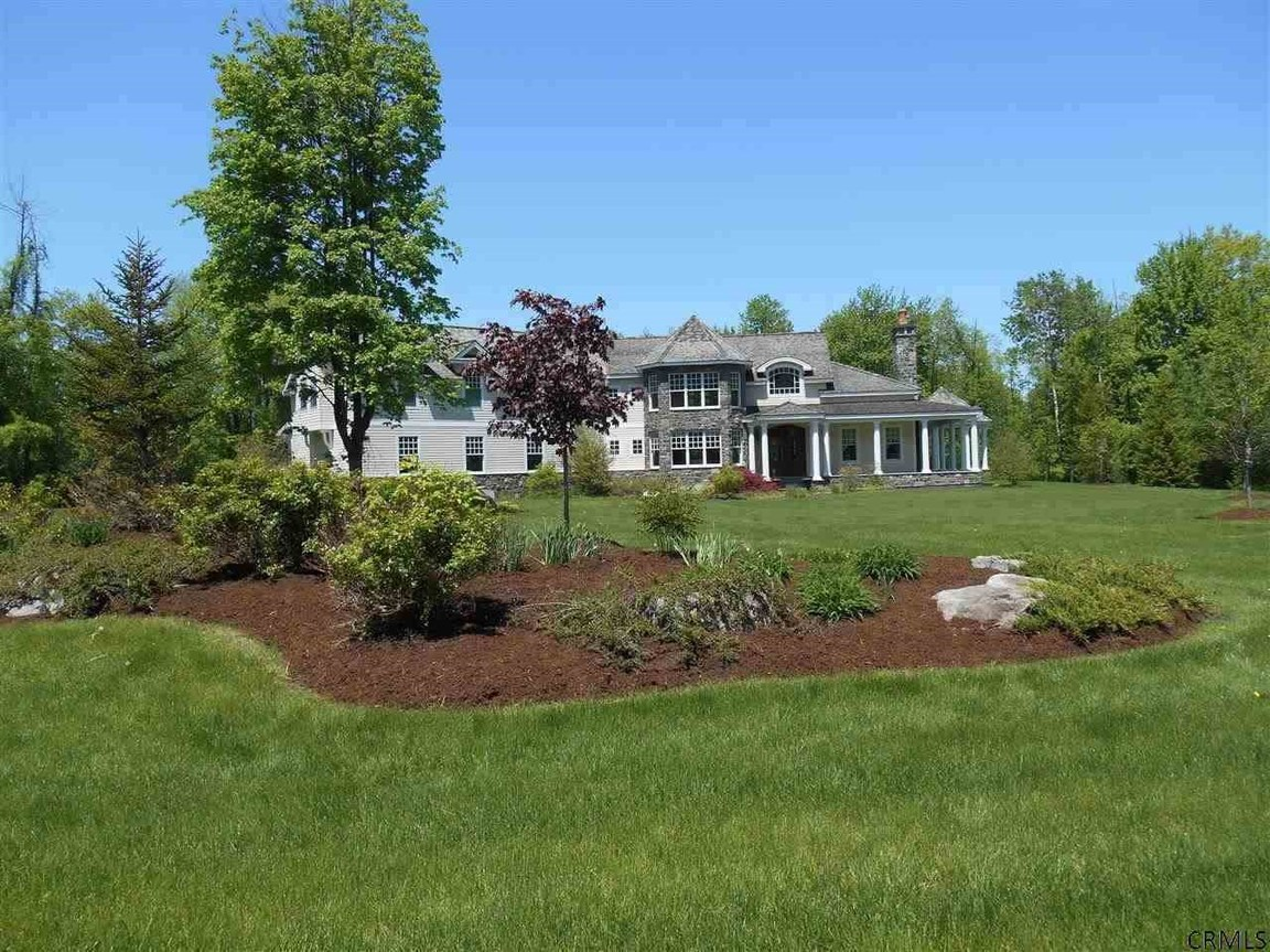 16 Shaker Bay Rd, Latham, NY, 12110: Photo 1