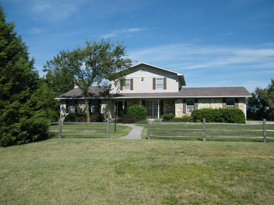 902 10th street wakefield ks for sale 275 000 for Wakefield house