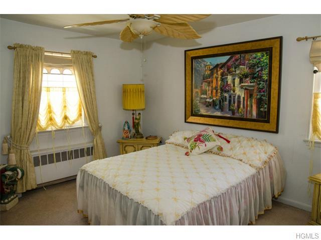 2055 Colden Avenue, Bronx, NY, 10462: Photo 9