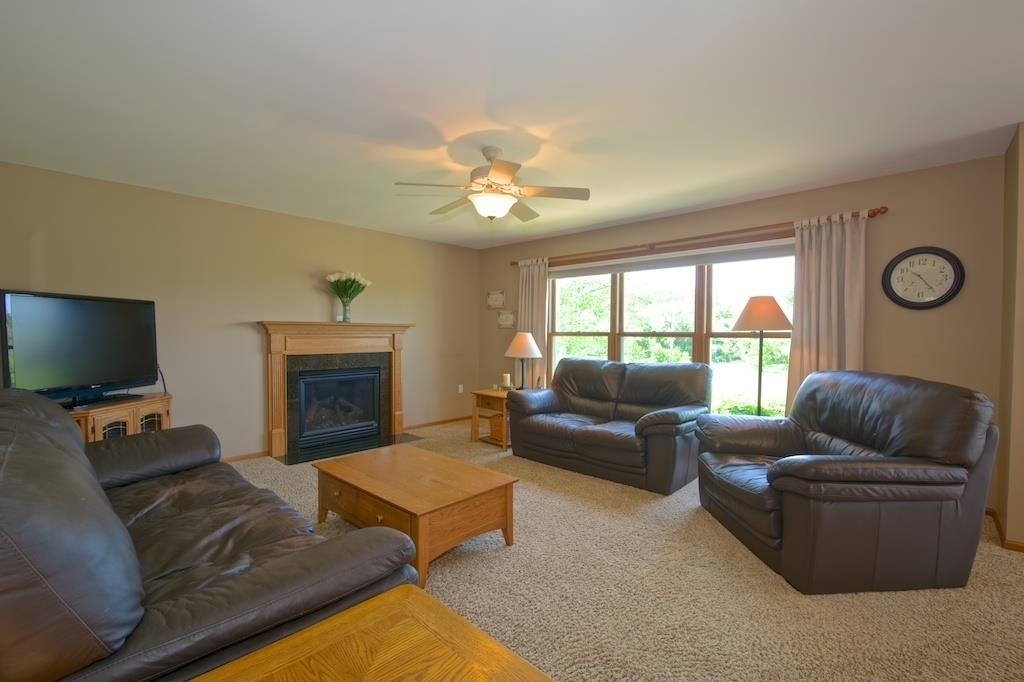 1805 County Road E, Blue Mounds, WI, 53517: Photo 5