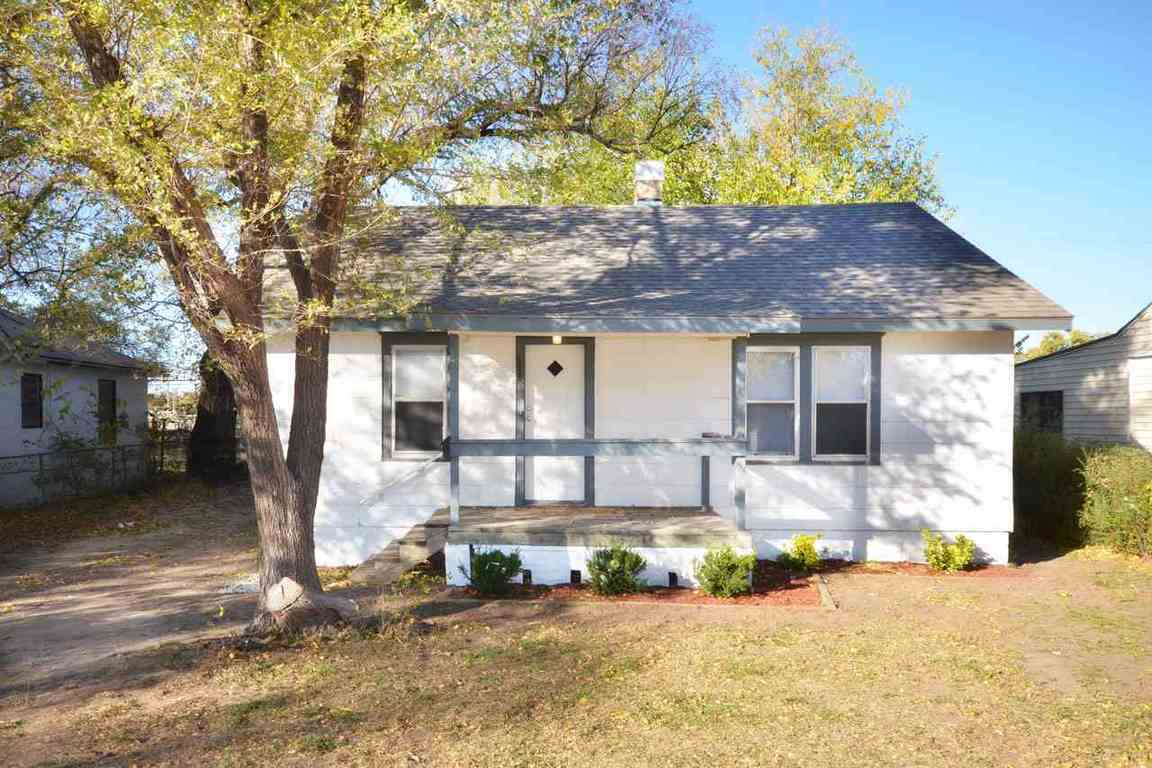2325 S Topeka Wichita Ks 67213 For Sale
