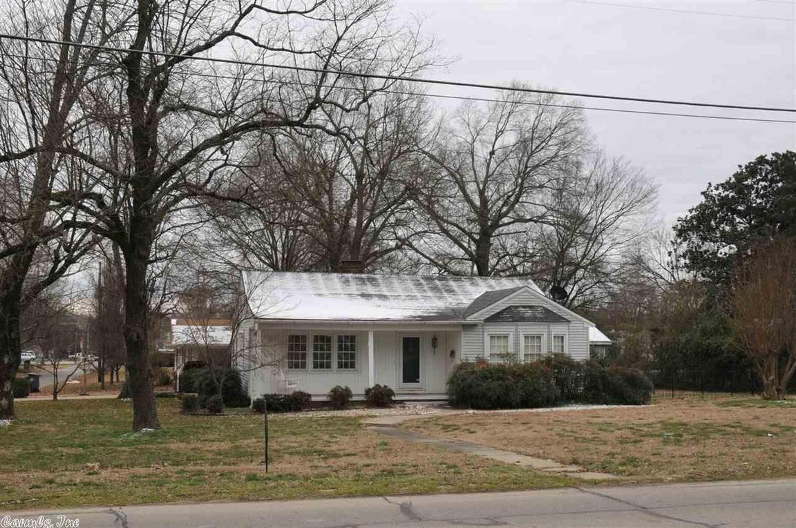 1401 w arch avenue searcy ar 72143 for sale