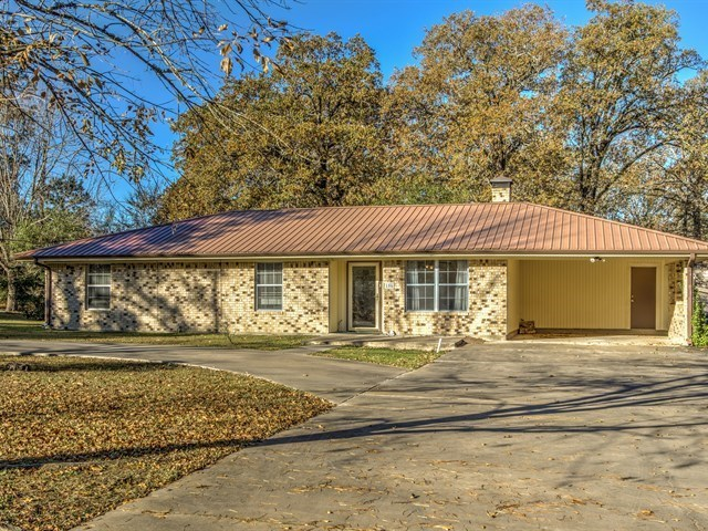 106 Oak Shadows Lufkin Tx For Sale 129 500
