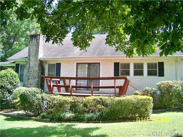 1547 Roseland Drive, Lincolnton, NC, 28092 -- Homes For Sale