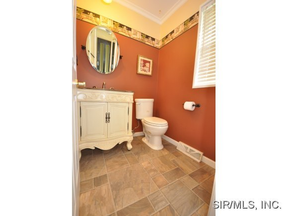 22 French Quarter, Belleville, IL, 62223 -- Homes For Sale