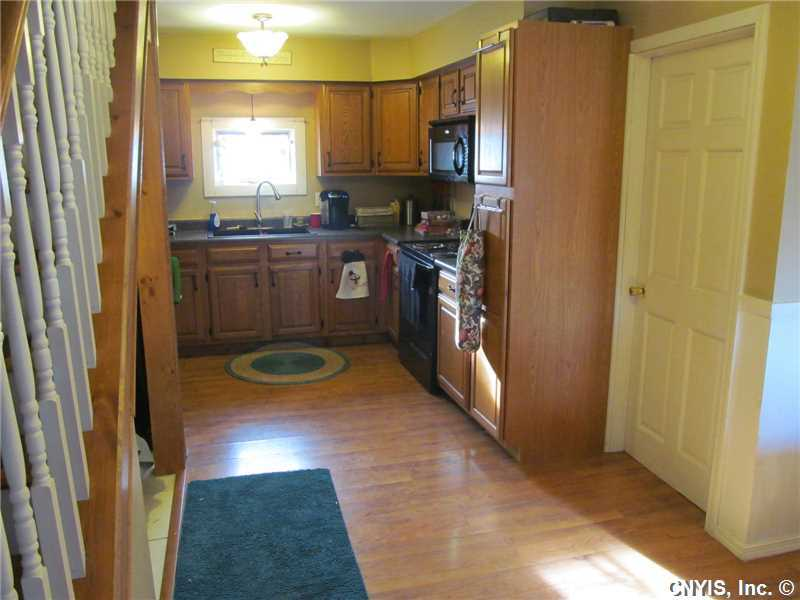 6133 Dunbarton Rd, Durhamville, NY, 13054: Photo 8