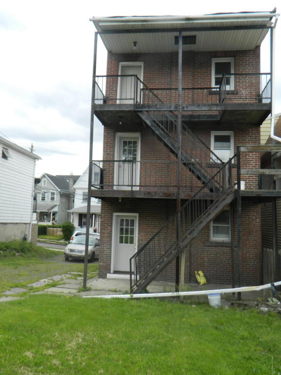 128 Hill St, Wilkes-Barre, PA, 18702: Photo 8