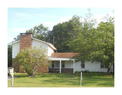 16123 robinson rd gulfport ms for sale 130 000 for Home builders gulfport ms