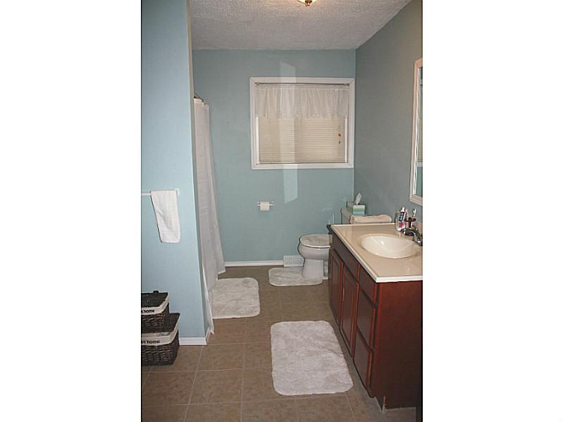 2002 Rutledge, Transfer, PA, 16154 -- Homes For Sale