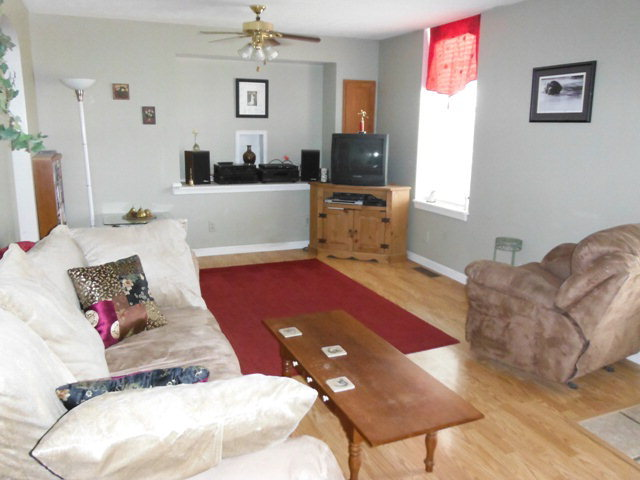 224 E. Center St., Hartford, KY, 42347: Photo 2
