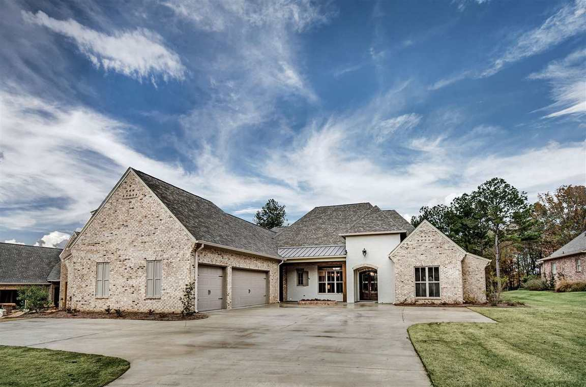 126 klaas blvd madison ms for sale 719 900 for Home builders madison ms