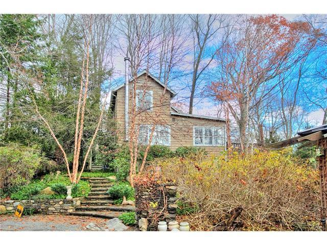 238 wilton road westport ct for sale 700 000 for Houses for sale in westport ct