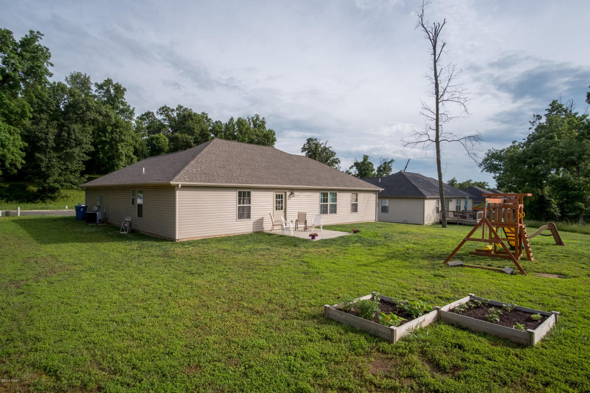 1207 e 42nd street joplin mo 64804 for sale for Home builders in joplin mo