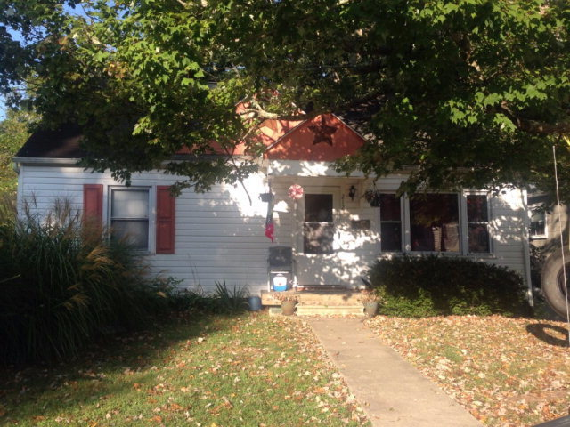 212 dorcas avenue beckley wv for sale 79 900 for Home builders beckley wv