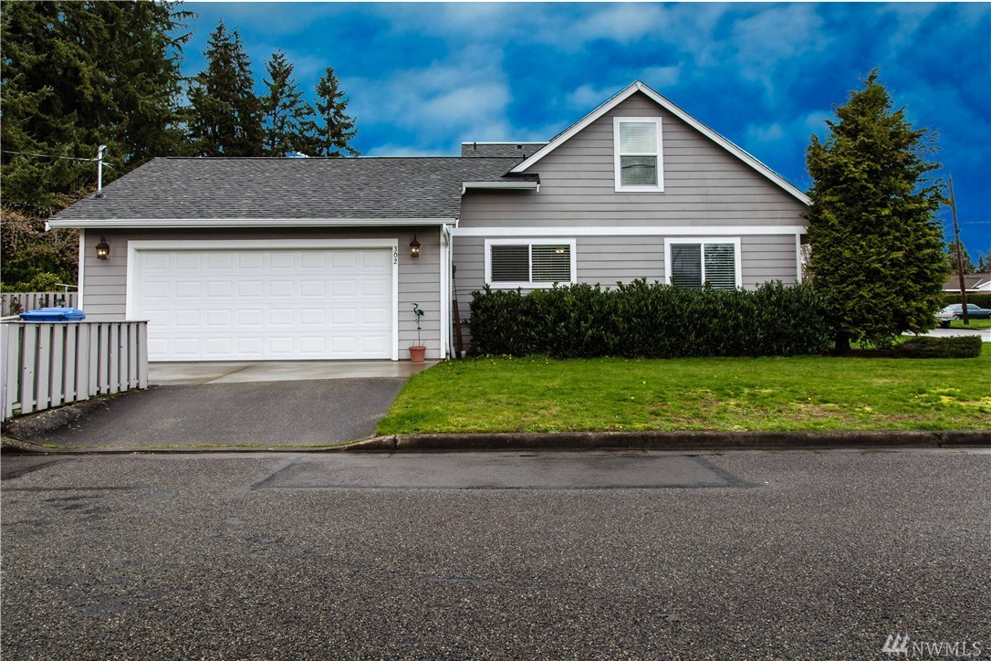 302 19th St Nw Puyallup Wa 98371 For Sale