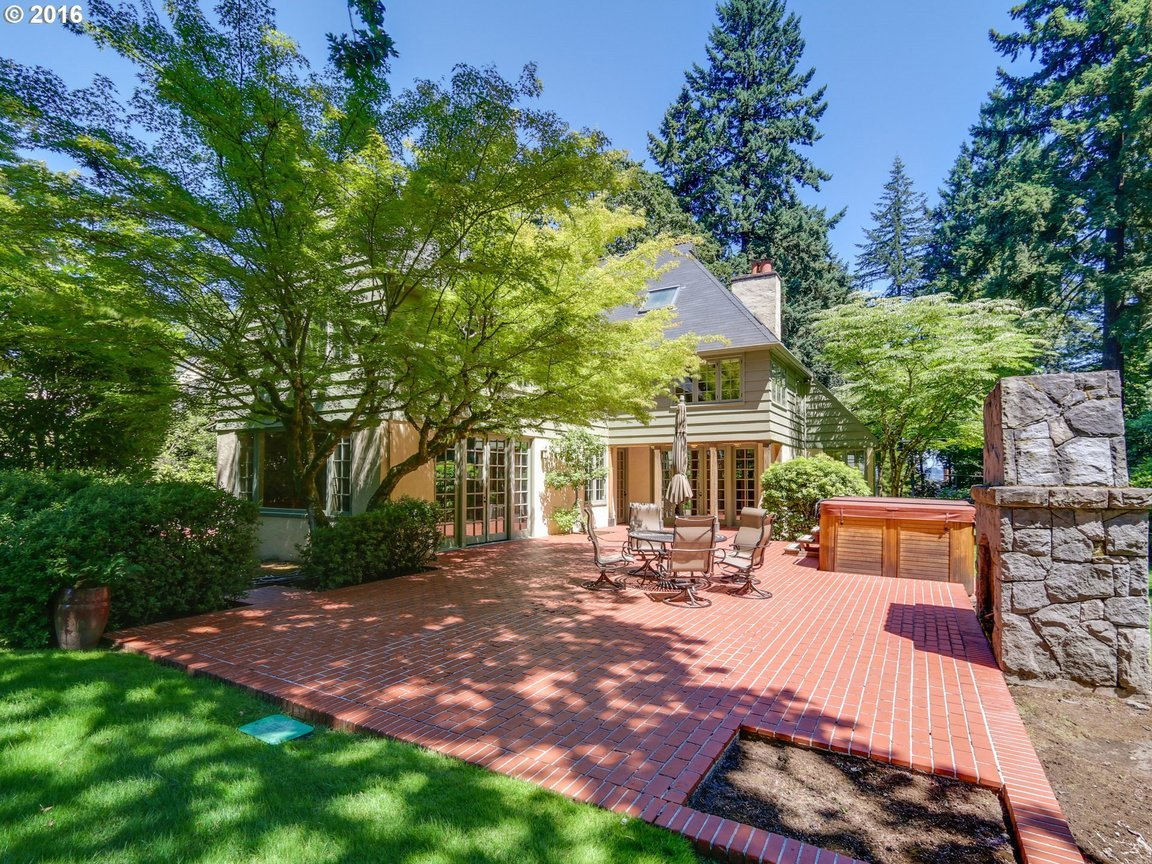 12457 sw edgecliff rd portland or for sale 1 895 000