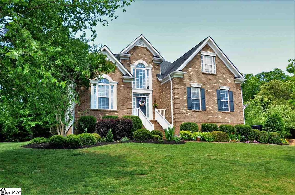 100 yorkswell lane greenville sc for sale 383 000