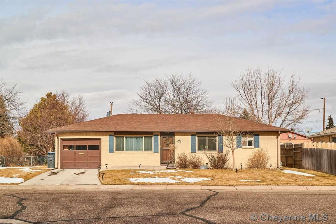 1508 monroe ct cheyenne wy for sale 204 900 for New home builders in cheyenne wyoming